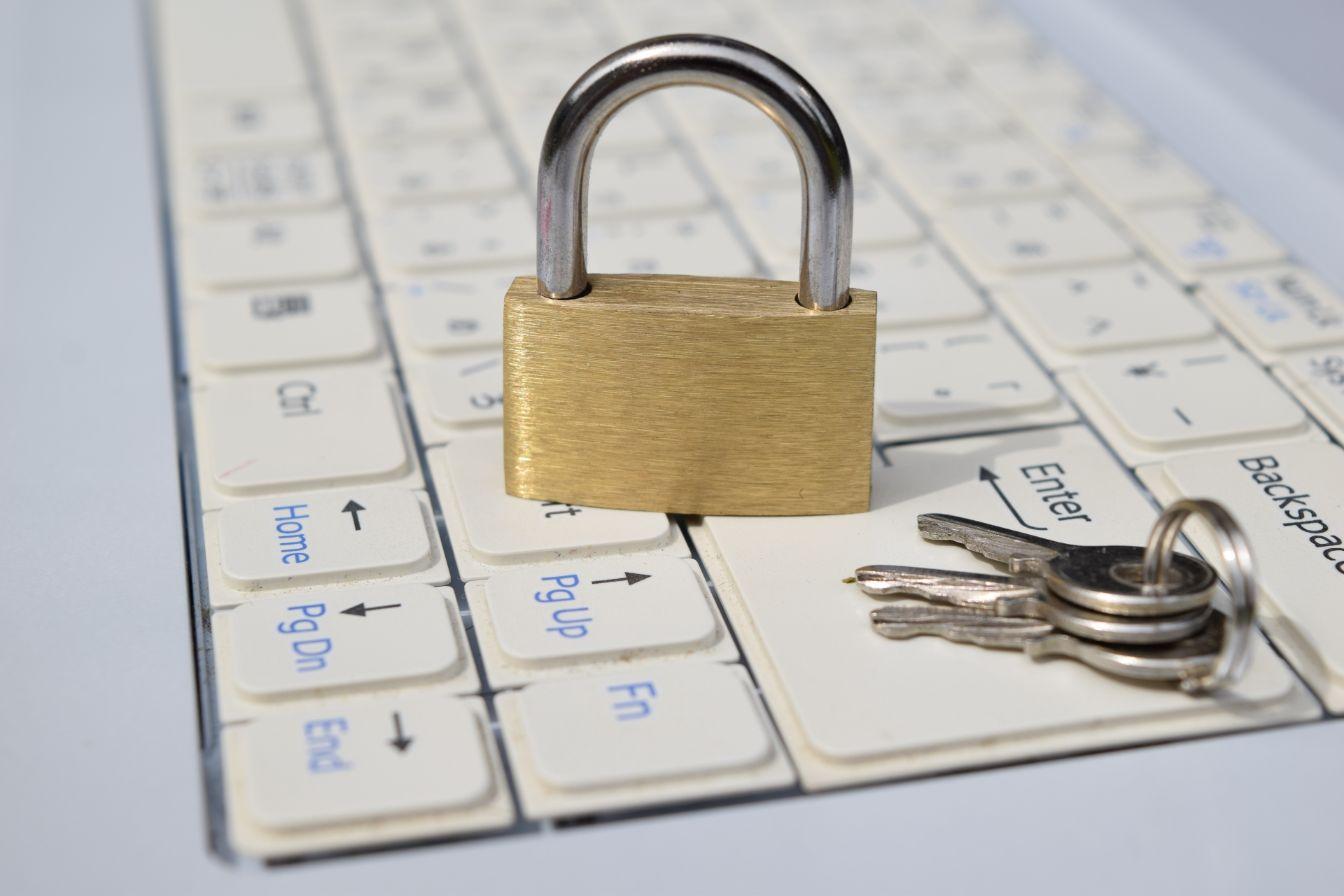 パスワードを設定してファイルを圧縮(暗号化)する方法
